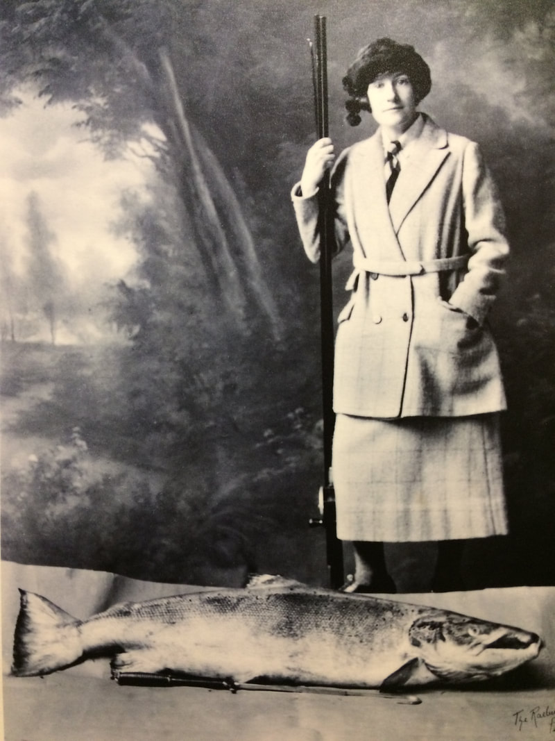 Perth Museum photograph of Georgina Ballantine with the largest salmon ever caught in Britain